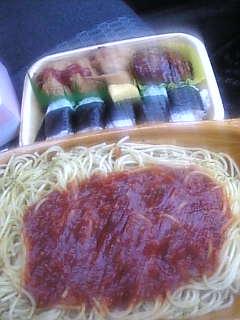 お昼だお昼だ♪お昼ご飯(^−^)♪!