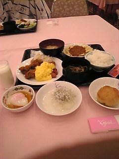 朝ごはん(^。^)♪!
